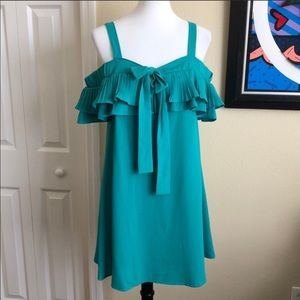🔸NWT entro M Baby Doll Dress / off the shoulder